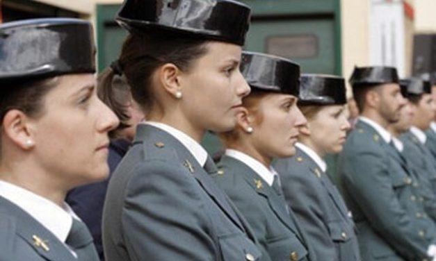 Las Guardias Civiles se ven obligadas a reclamar haberes durante la lactancia.