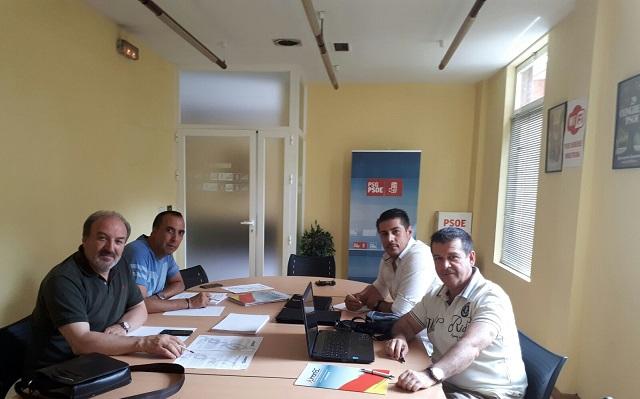 Reunión de @UnionGC con Senador @PSOE en #Ourense